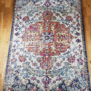 Antique style rug 120cm x 170cm £25